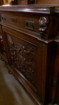 13k08002 incredibly carved oak sideboard turn of the century (1).jpg
