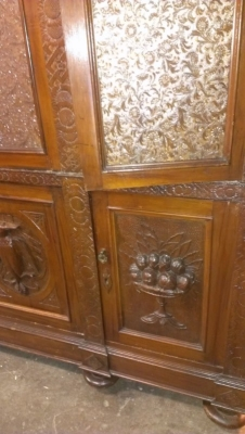15A12133 ITALIAN CARVED BOOKCASE (1).jpg