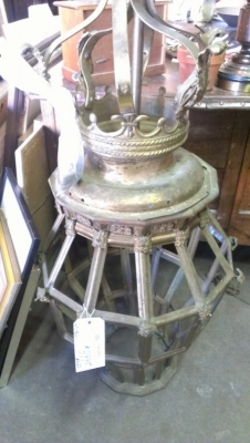 15A12805 AS IS COOL LANTERN THINGIY.jpg