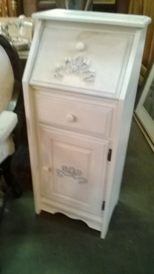 15A19801 PAITED WHITE DROPFRONT CABINET .jpg
