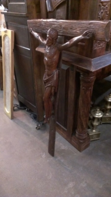 15A23012 BEAUTIFUL LARGE FRENCH CARVED OAK CRUCIFIX  (1).jpg