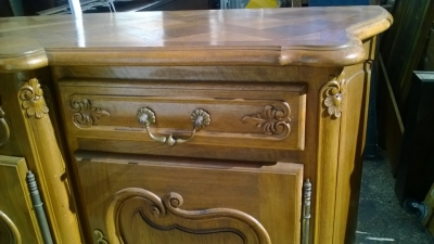 15A23 COUNTRY FRENCH WALNUT SIDEBOARD (3).jpg