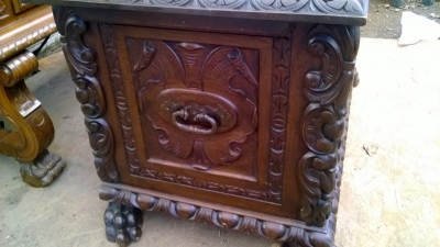 15A23 HIGHLY CARVED FRENCH COFFER (5).jpg