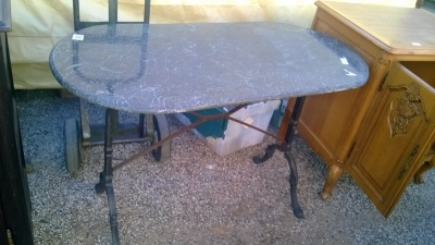 15A23 MARBLE TOP IRON BASE TABLE  (1).jpg