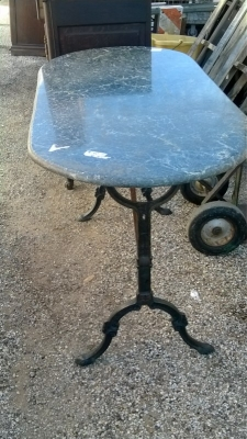 15A23 MARBLE TOP IRON BASE TABLE  (3).jpg