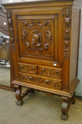 15A23 SPAINISH BAR CABINET WITH DRAWERS (3).jpg