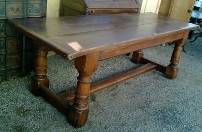 15A23 TRESTLE BASE TURNED LEG FARM TABLE  (2).jpg