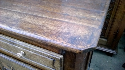 15A23EARLY LOUIS XV OAK VASSILIER WITH 2 DRAWERS  (4).jpg