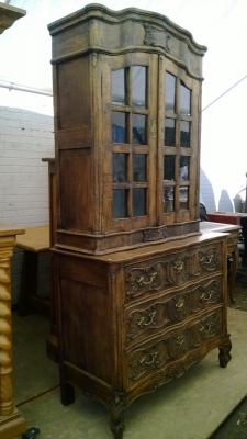 15B06031 AND 31A COUNTRY FRENCH CHEST WITH LATTICE WORK TOP.jpg