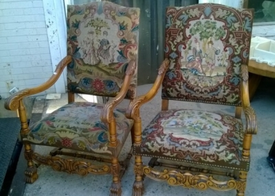 15B06032 PAIR OF NEEDLEPOINT FAUTEUIL CHAIRS  (1).jpg
