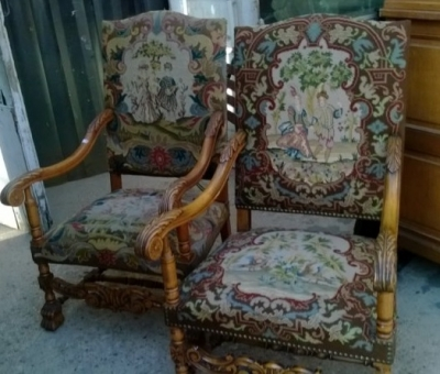 15B06032 PAIR OF NEEDLEPOINT FAUTEUIL CHAIRS  (3).jpg