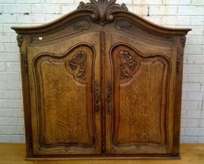 15B06033 TALL LEG COUNTRY FRENCH CABINET (2).jpg