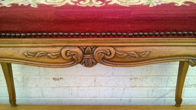 15B06012 LOUIS XV NEEDLEPOINT BENCH (3).jpg
