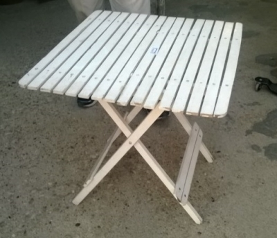 15B06006 FOLDING PICNIC TABLE.jpg