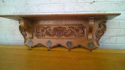15B06008 OAK COAT SHELF (1).jpg