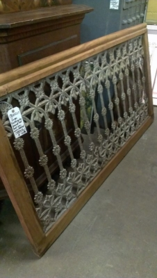 36-85207 CAST IRON RAIL .jpg