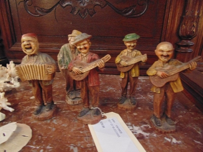 SOLD!   13H19520 SET OF MUSICIANS  $29.00 SET