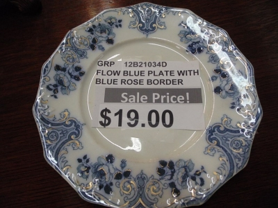 SOLD !   12B21034B FLOW BLUE PLATE $14.00