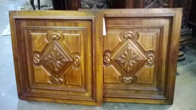 36-84321 PAIR OF CARVED DOORS.jpg