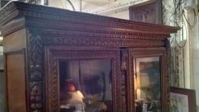 36-85309 ANTIQUE FRENCH CARVED BOOKCASE (4).jpg