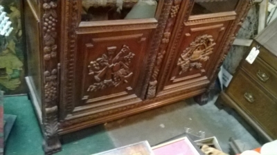 36-85309 ANTIQUE FRENCH CARVED BOOKCASE (5).jpg
