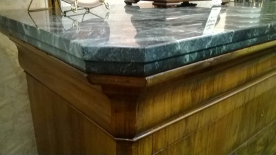 36-85320 LOUIS PHILIPPE MARBLE TOP CHEST (5).jpg