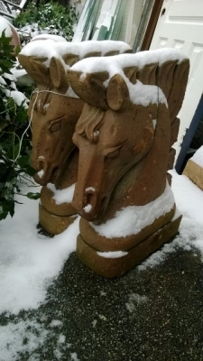 14I17011A PAIR OF CONCRETE HORSE HEADS.jpg