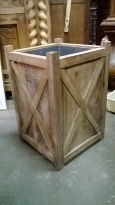 15B TIN LINED WOOD BOX (2).jpg