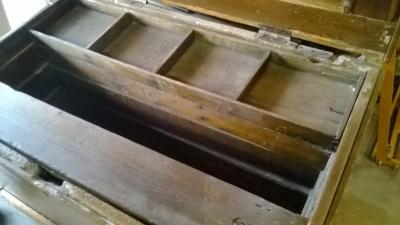 36-85326 LARGE PINE TOOL BOX (3).jpg