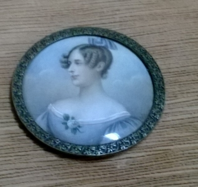 36-SMALL PAINTED PORCELAIN.jpg