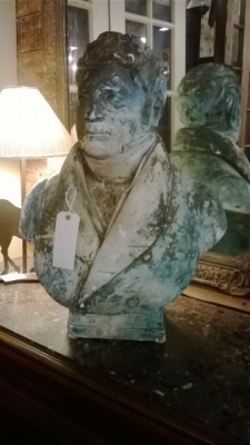36-85341 BUST OF GENTLEMAN (1).jpg