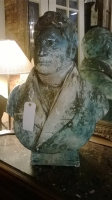 36-85341 BUST OF GENTLEMAN (2).jpg