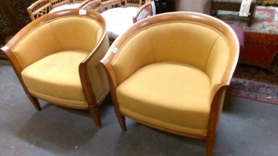 15C03002 PAIR OF BARRELL CHAIRS (2).jpg