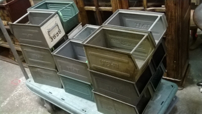 15C03012 SELECTION OF METAL BINS (2).jpg