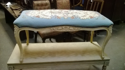 15C03039 LOUIS XV PAINTED AND NEEDLEPOINT STOOL (3).jpg
