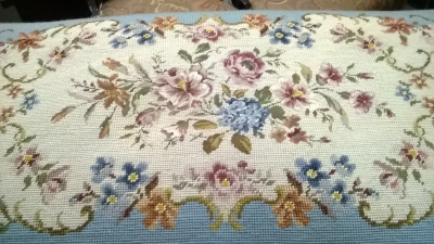 15C03039 LOUIS XV PAINTED AND NEEDLEPOINT STOOL (4).jpg