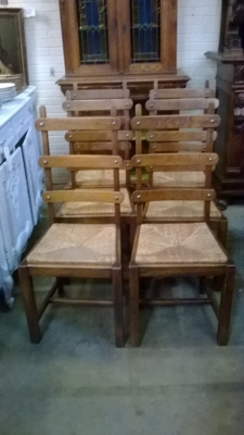 15C03043 SET OF 6 RUSTIC OAK LADDER BACK CHAIRS (1).jpg