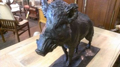 15C03044 METAL BOAR SCULPTURE (1).jpg