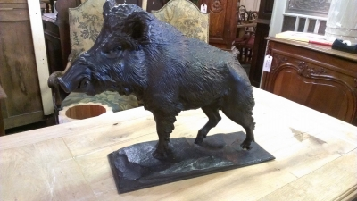 15C03044 METAL BOAR SCULPTURE (4).jpg