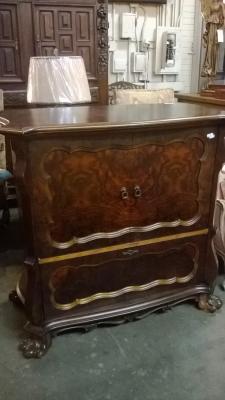 15C03050 Mahogany Cabinet (1).jpg
