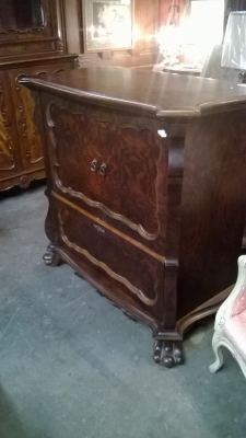 15C03050 Mahogany Cabinet (2).jpg
