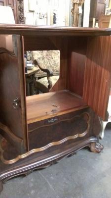 15C03050 Mahogany Cabinet (3).jpg