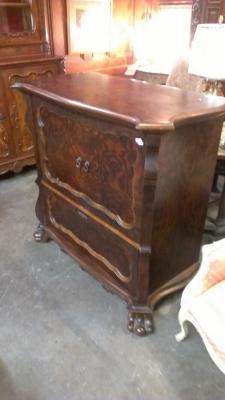 15C03050 Mahogany Cabinet (5).jpg