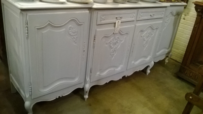 14J22056 LOUIS XV PAINTED SIDEBOARD (1).jpg