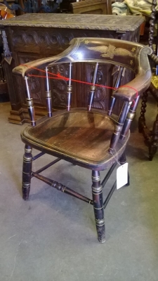 EARLY AMERICAN CHAIR (1).jpg