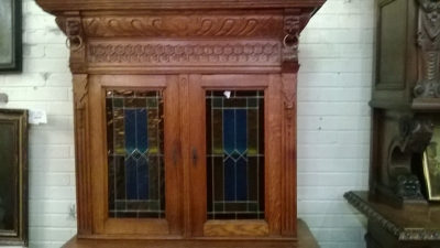 STAINED GLASS DOOR CABINET.jpg