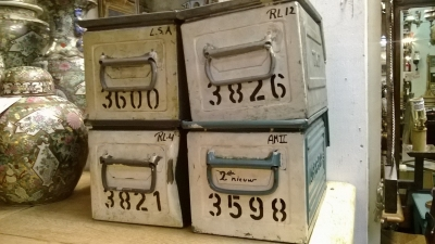 15C03 SET OF 20 METAL BINS (2).jpg