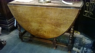 36-85408 ENGLISH OAK DROPLEAF TABLE.jpg