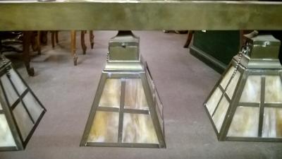 36-85229 ANTIQUE BRASS AND SLAG GLASS HANGING 4 LIGHT (2).jpg