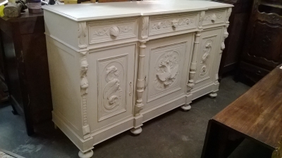 PAINTED ITALIAN SIDEBOARD (1).jpg